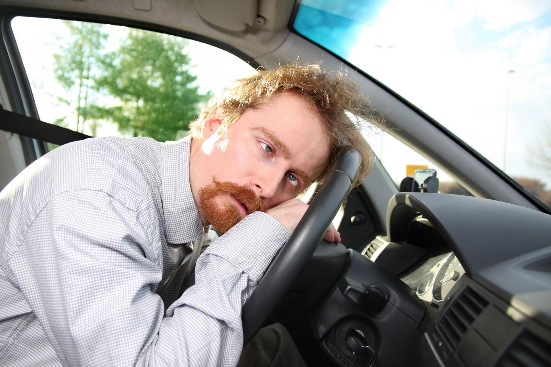 Картинка мужчина за рулем смешная
