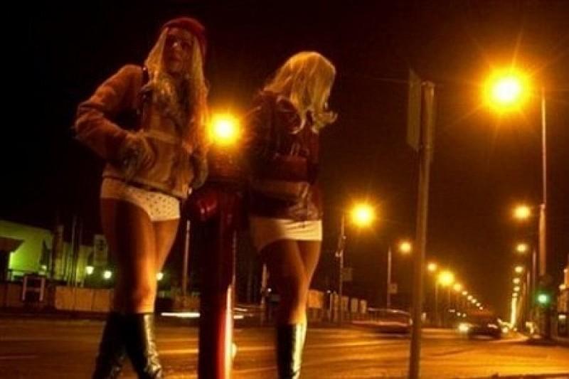 Крыша проституток проститутки питер пары