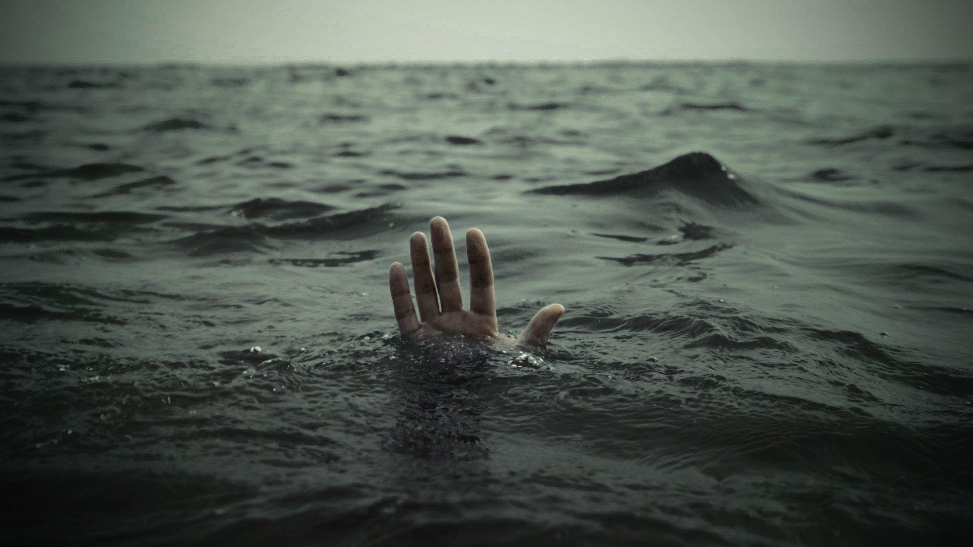 На Буковине утонул мужчина