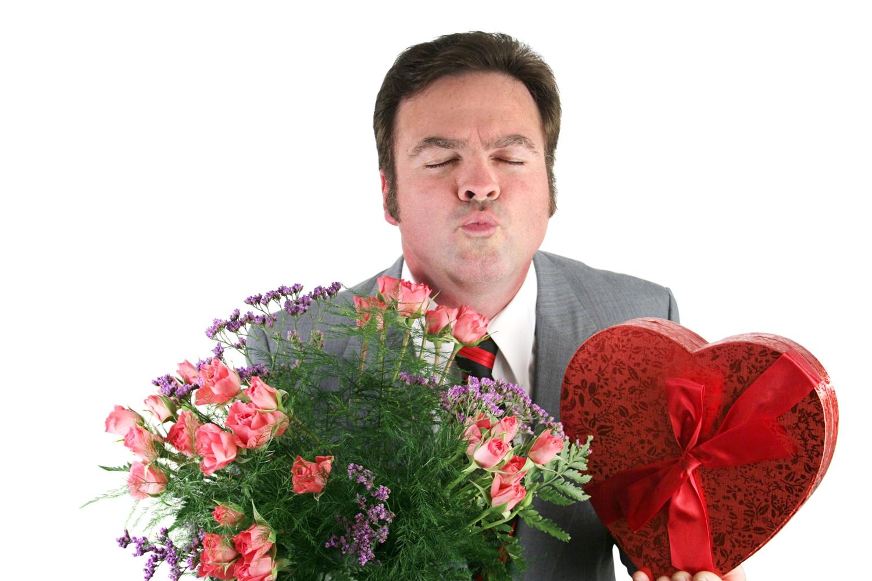 Смешные картинки парень дарит цветы