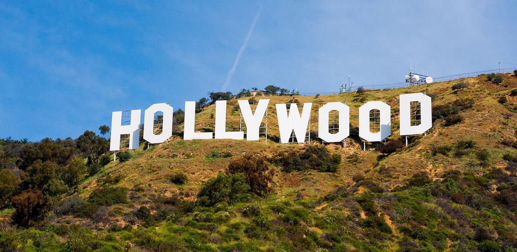 """Вандалы изменили надпись """"Hollywood"""" в Лос-Анджелесе   Петрозаводск ГОВОРИТ    Газета """"Петрозаводск"""" online   Новости Петрозаводска и Карелии"""