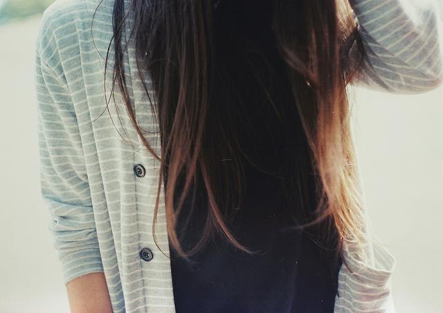 Фото на аву девушки подростка без лица