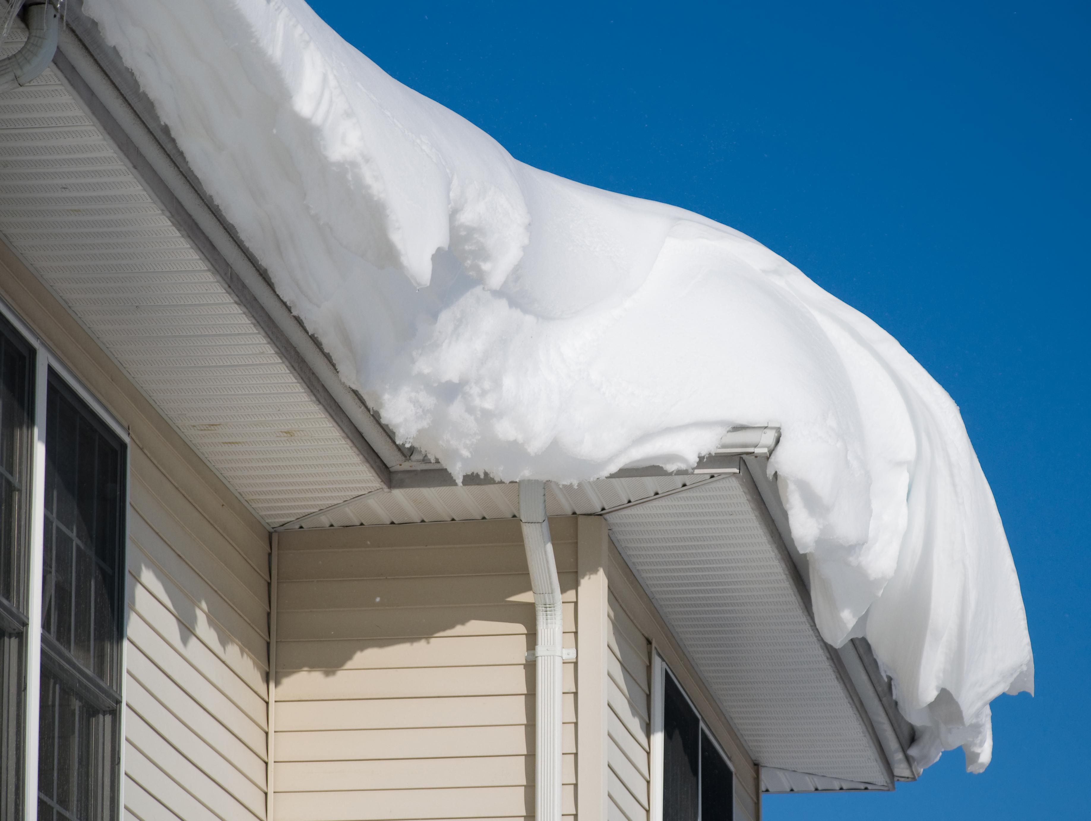 снег на крыше дома картинки добиться