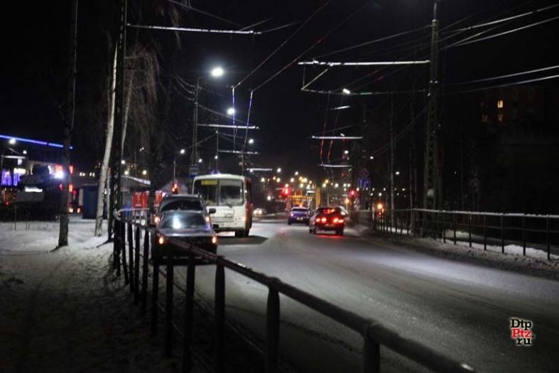 В Петрозаводске автобус раздавил мужчину: фото с места ДТП  В Петрозаводске автобус раздавил мужчину: фото с места ДТП  В Петрозаводске автобус раздавил мужчину: фото с места ДТП