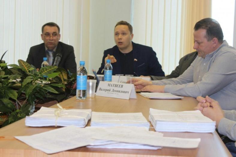 Депутаты объяснили, за что увольняют Галину Ширшину  Депутаты объяснили, за что увольняют Галину Ширшину  Депутаты объяснили, за что увольняют Галину Ширшину  Депутаты объяснили, за что увольняют Галину Ширшину