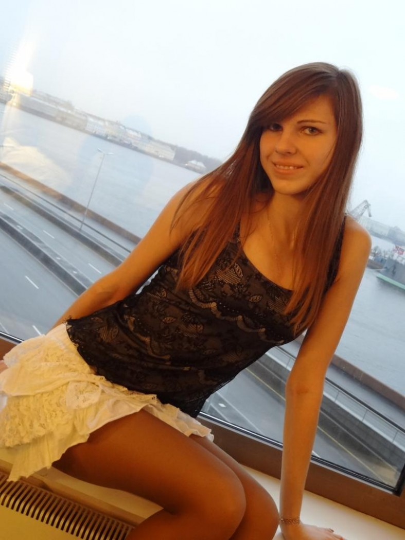 Красавица наташа отдается онлайн 1 фотография