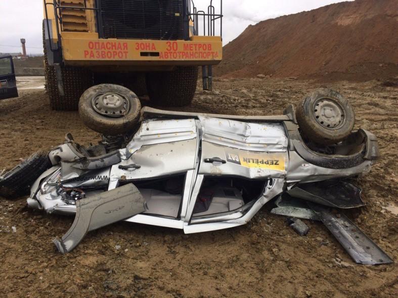 Автомобиль принадлежит подрядной организации, сервисный инженер которой  выполнял работы по диагностике погрузчика. В ходе ДТП никто не пострадал. 96e1c59168f