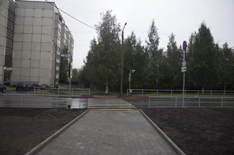 Купить памятник петрозаводск gopro месяц со звездой
