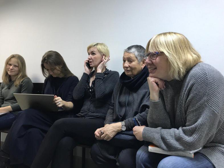 Писатель Людмила Улицкая пришла всуд поддержать Юрия Дмитриева