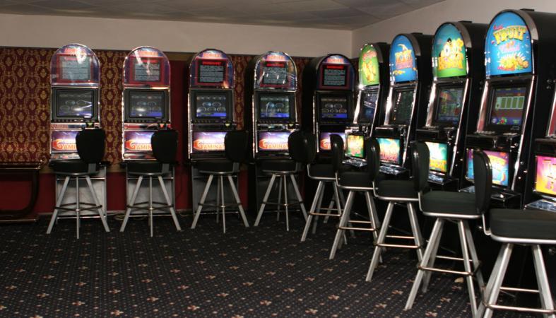 игровые автоматы играть на деньги по казахстану