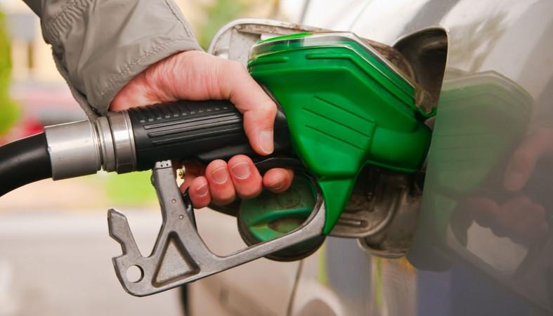 Замглавы ФАС объявил о нормализации цен набензин