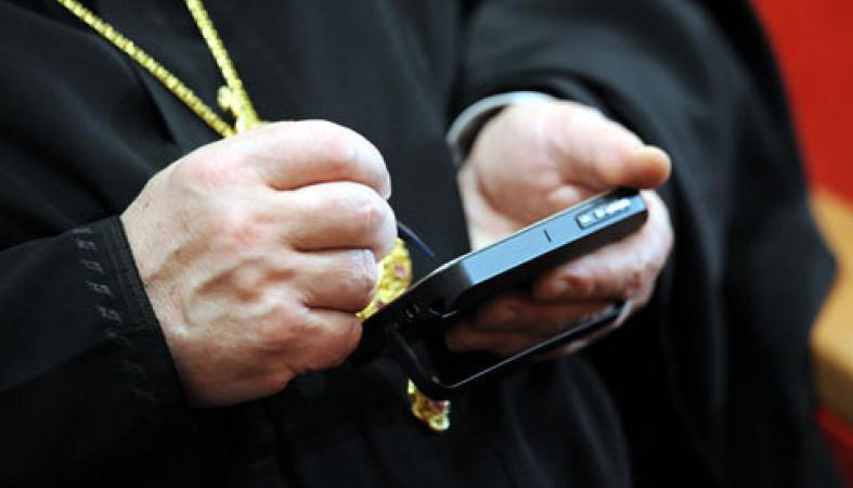РПЦ обещает, что «Батюшка-блогер» будет говорить напонятном языке