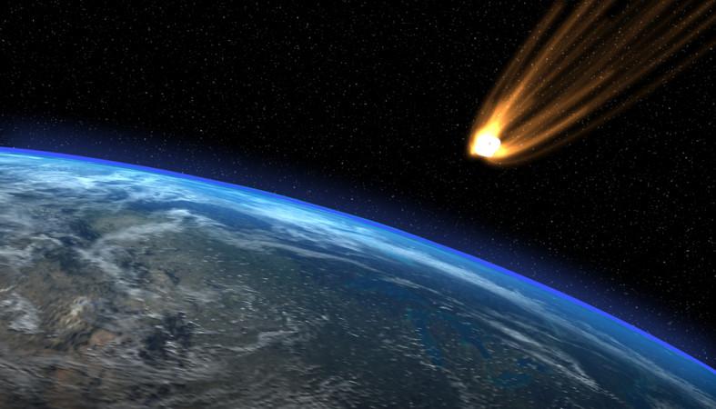 ВЯпонии наголовы людей упал метеорит
