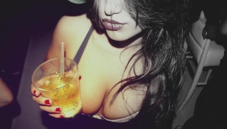 Пьяные девушки картинки красивые
