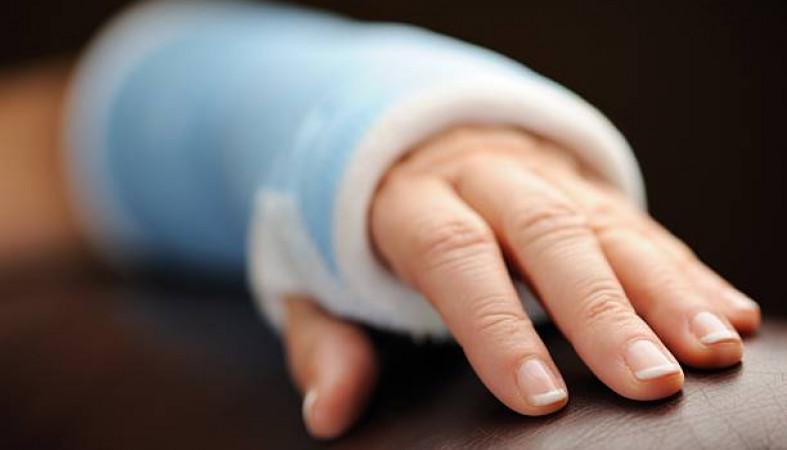 ВСегеже 68-летняя женщина-тренер сломала руку молодой спортсменке