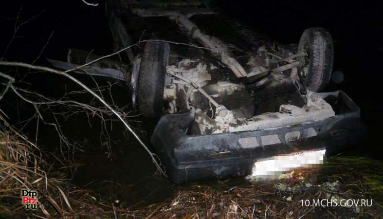 Появились фото с места ДТП, где погиб 16-летний подросток