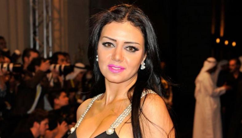 Артистке предъявили обвинение запоявление воткровенном одеяние накинофестивале вЕгипте