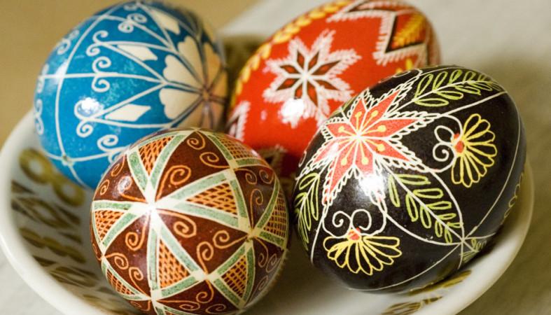 Оренбуржцам советуют правильно выбирать яйцо наПасху