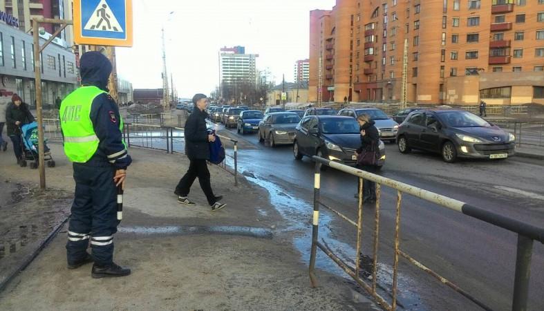 ВСтаврополе шофёр, который совсем недавно получил права, сбил пешехода