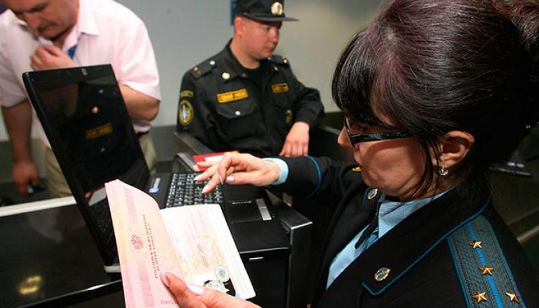 В государственной думе посоветовали облегчить выезд заграницу должникам