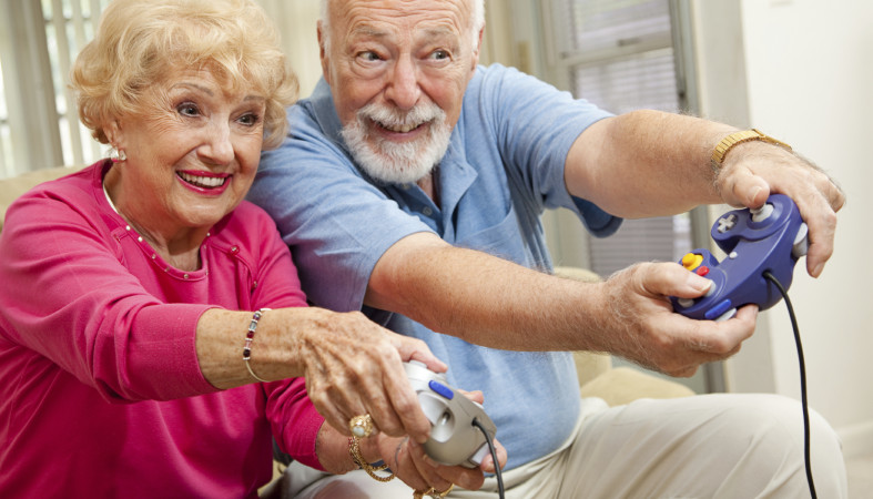 Специалисты поведали, как бабушки идедушки вредят своим внукам