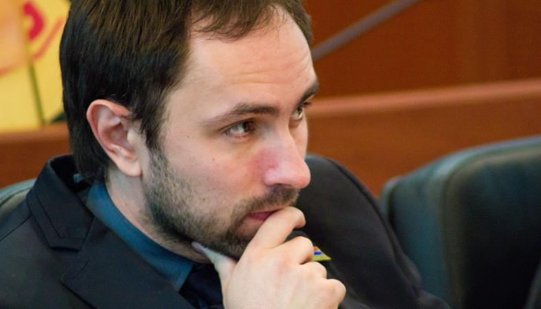 ВКарелии прежнего  вице-спикера Заксобрания задержали завандализм