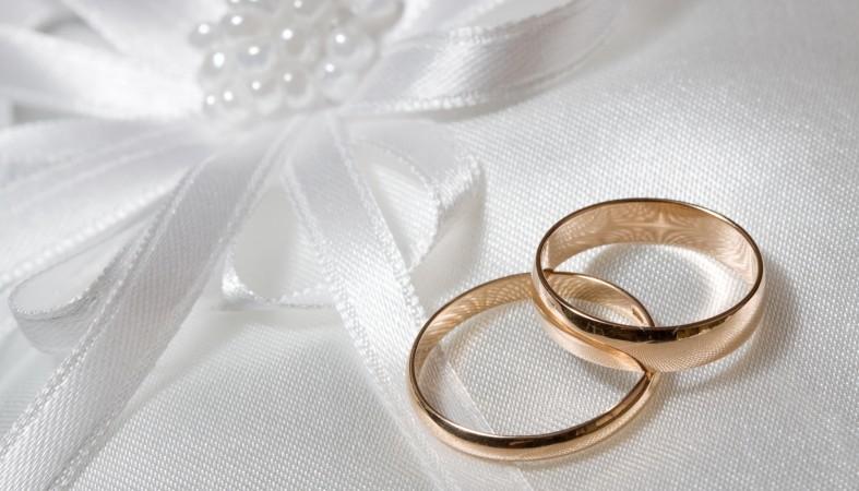Ведущая Первого канала Ирада Зейналова выходит замуж заколлегу