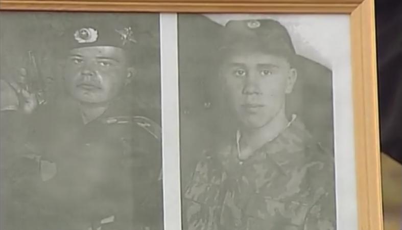 """Мама погибшего солдата: """"Если бы его своевременно заменили, он бы остался жив"""""""