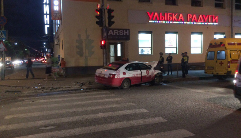 Серьезное ДТП случилось вцентре Петрозаводска