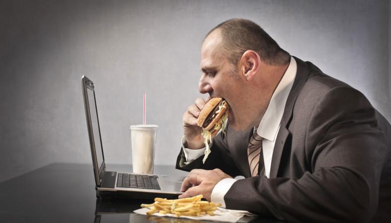 Одна часть фастфуда провоцирует заболевания печени исахарный диабет— Ученые