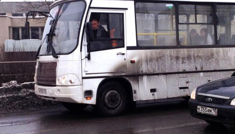 На популярном маршруте в Петрозаводске осталось всего 4 автобуса