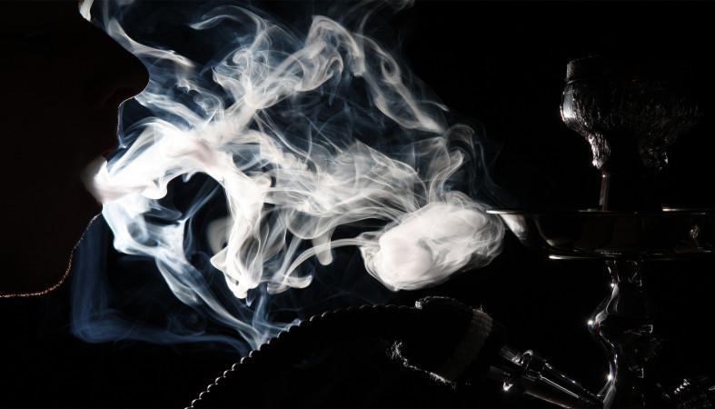 Минтруд неодобрил увеличение рабочего дня для курильщиков
