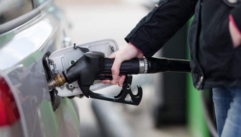 В Российской Федерации подорожал бензин и упал вцене руб.