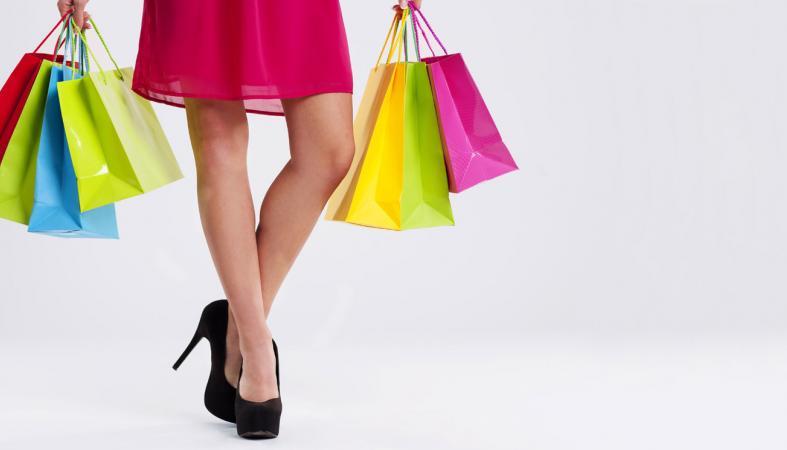 Растратившая 10 миллионов на шопинг бухгалтер получила условный срок