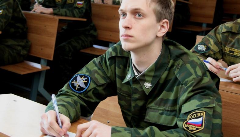 Государственная дума приняла закон овоенной подготовке студентов из институтов без военных кафедр