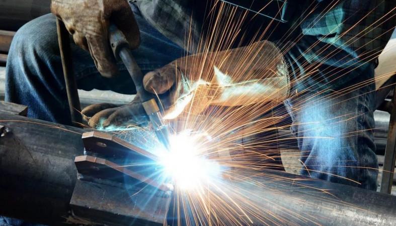 В Российской Федерации выросло число желающих освоить рабочую профессию
