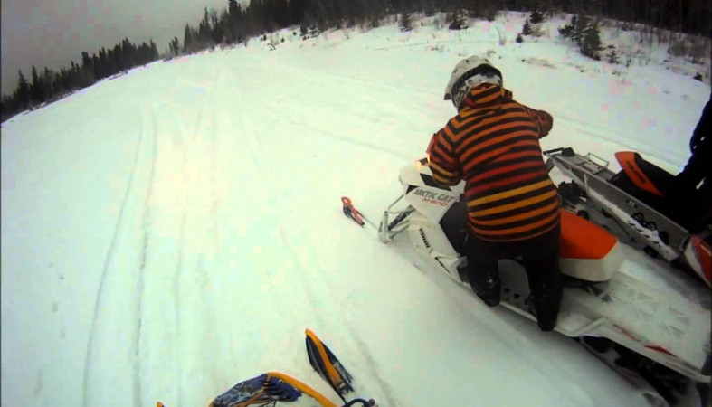 Движение натрассе «Кола» вКарелии ограничено из-за снегопада