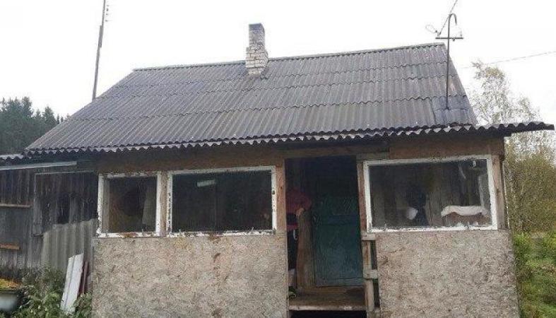 Мама погибшего в Чечне героя живет не в доме, а в сарае