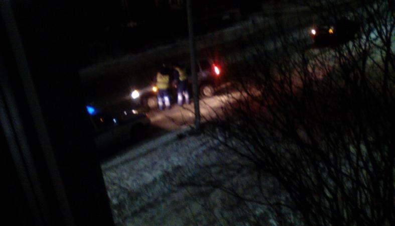 Молодой водитель устроил ночную аварию в Петрозаводске (фото)
