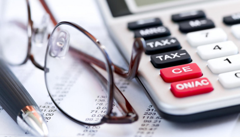Аркадий Дворкович пояснил повышение налогов необходимостью строить дороги