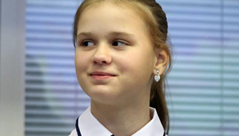 Спасшая детей наСямозере девочка получила награду журнала «Сноб»