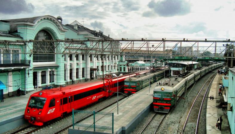 Пассажиров поездов дальнего следования могут начать высаживать наокраинах столицы