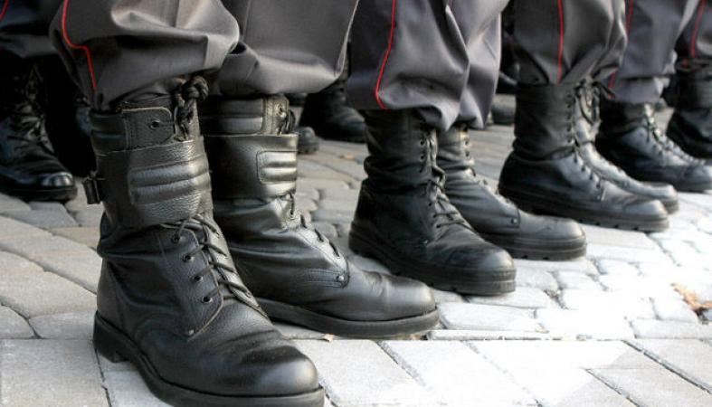 Двоих карельских полицейских осудили за избиение задержанного
