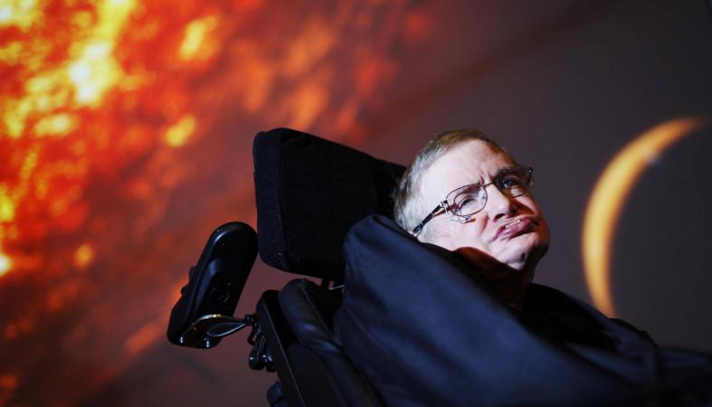 Хокинг: Земля станет адом, людям срочно нужно искать новый дом в космосе