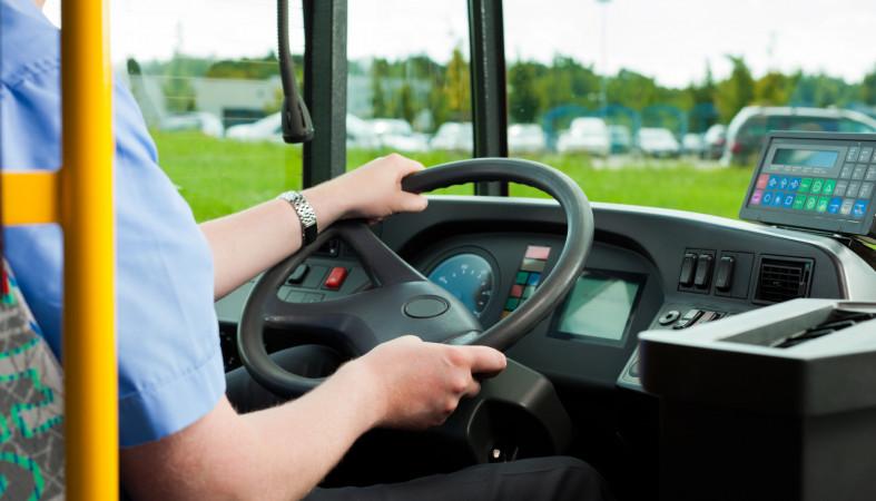 Колокольцев сказал о новых экзаменах для профессиональных водителей