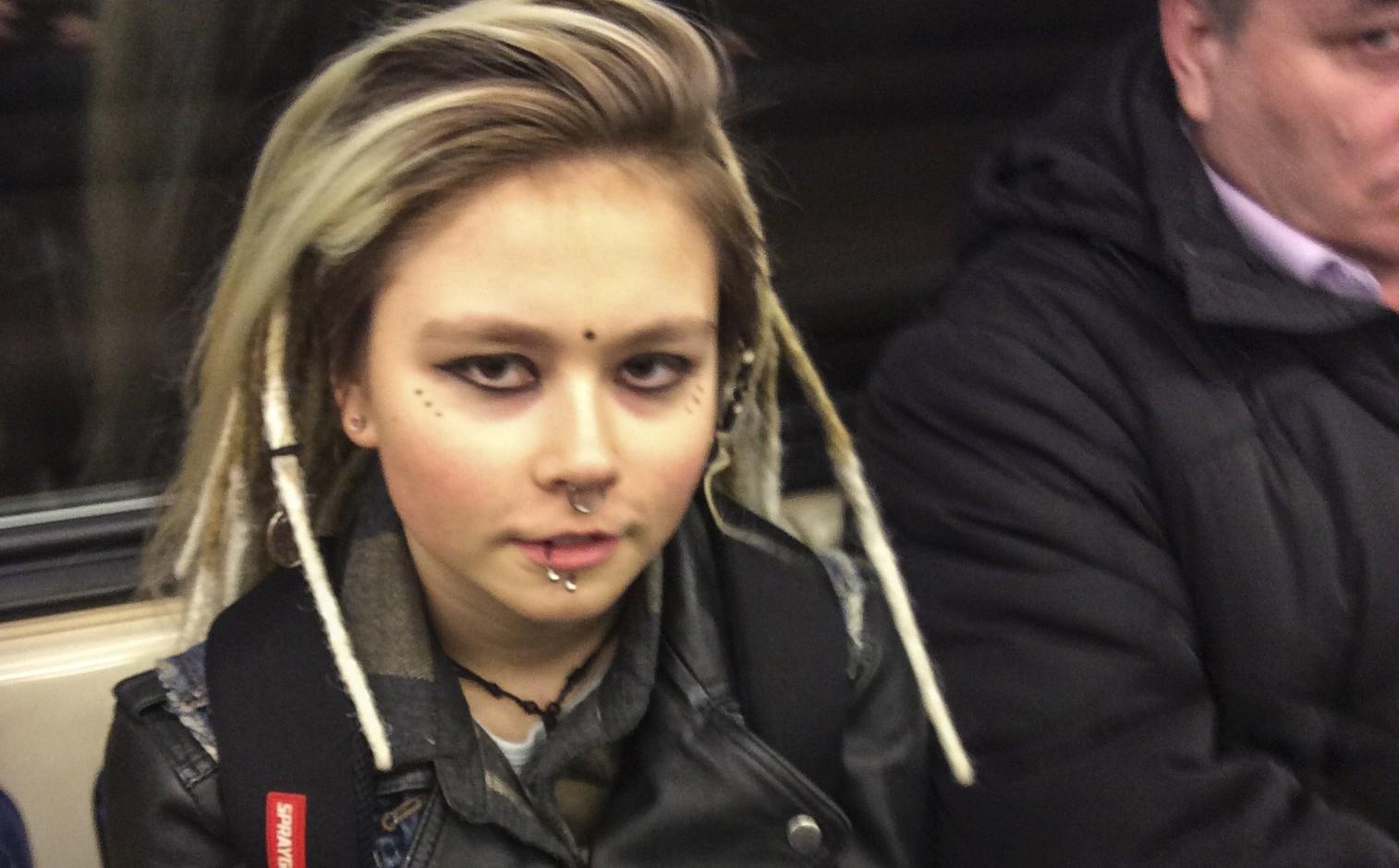 Пропавшую нарок-фестивале 15-летнюю москвичку отыскали мертвой