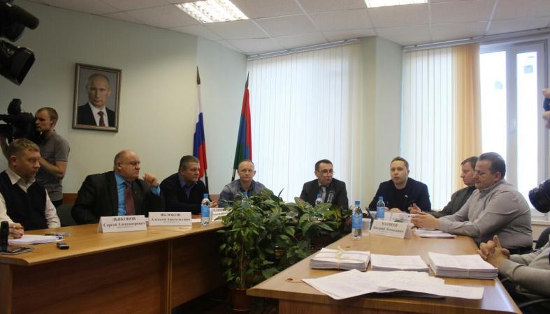 Депутаты Петросовета рассчитывают окончательно сместить Ширшину до сентября