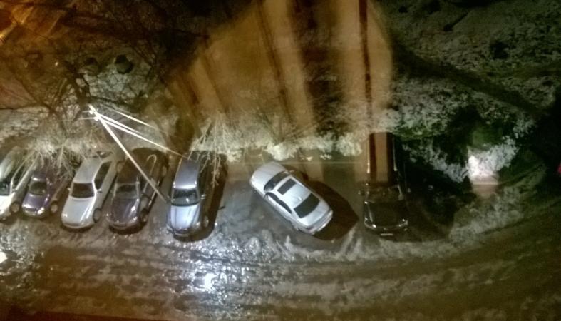 Петрозаводчанин нахально припарковал свой автомобиль, вызвав гнев окружающих (фото)