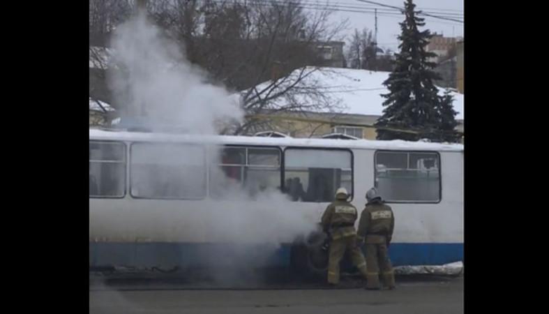 Троллейбус зажегся находу вПетрозаводске